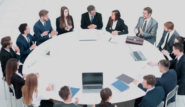 depositphotos_179353420-stock-photo-business-conference-business-meeting-business